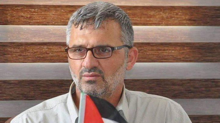 """قضية محمد نصار """"المقطوع راتبه"""" من قبل """"حماس"""" تتفاعل بالشارع"""