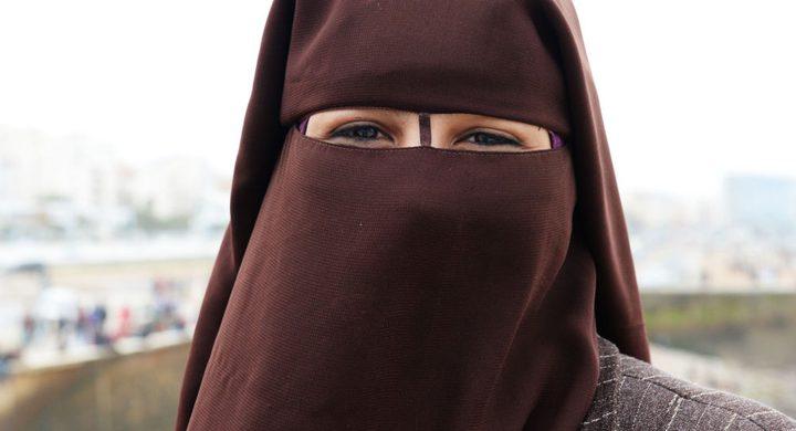 تونس تعدل موقفها من منشور منع النقاب بعد جدل واسع