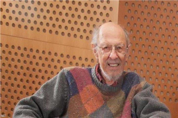 """وفاة """"أبو الكمبيوتر"""" عن عمر يناهز 93 عاما"""