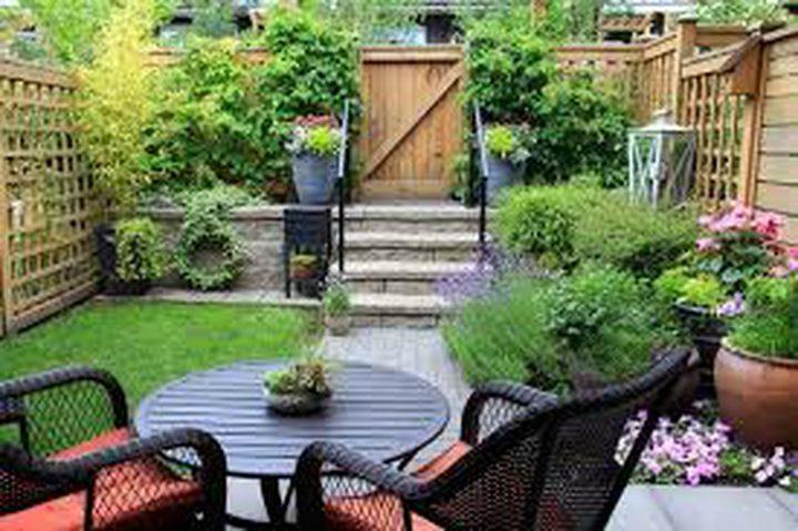 دراسة: العيش بمنازل تطل على الحدائق يقلل الرغبة فى التدخين