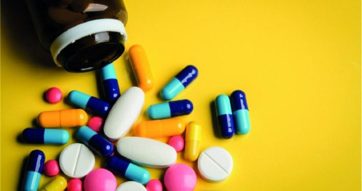 دراسة: تناول مسكنات الألم يصعب عملية العثور على علاج دائم