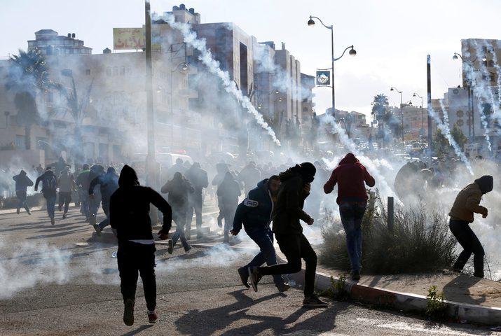 اصابات بالاختناق في مواجهات مع قوات الاحتلال شمال الخليل
