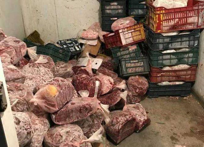 ضبط كمية كبيرة من اللحوم الفاسدة في قلقيلية