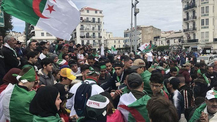 ضبط خلية إرهابية خططت لهجمات ضد متظاهرين بالجزائر