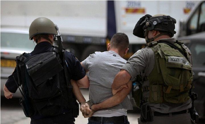 اعتقال 9 مواطنين بالضفة الغربية