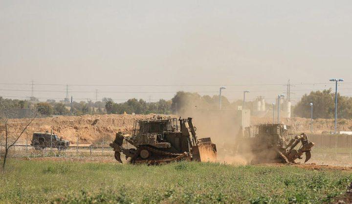 جرافات الاحتلال تتوغل شرق رفح