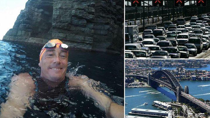بسبب الازدحامات المرورية..أسترالي يسبح إلى عمله يوميًا