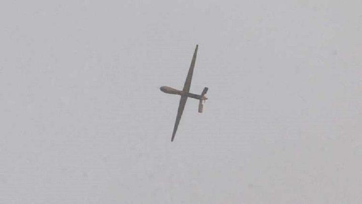 الحوثيون يستهدفون مطار جازان وقاعدة الملك خالد الجوية بالسعودية