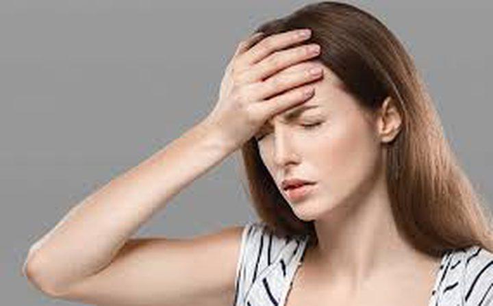 10 أسباب لصداع مُقدّمة الرأس