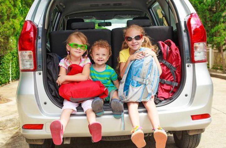 نصائح تجنّب الطفل الغثيان عند السفر بالسيارة