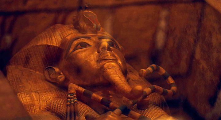 مصر.. ترميم تابوت الملك توت عنخ آمون لأول مرة منذ قرن