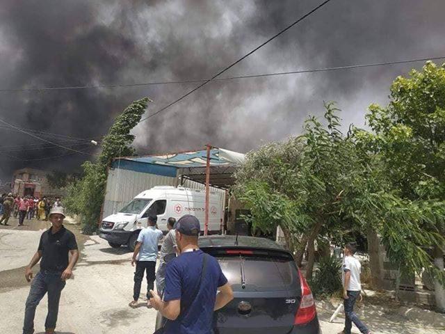 """حريق كبير في منطقة """"حاجز الـ17"""" بين نابلس وعصيرة الشمالية"""