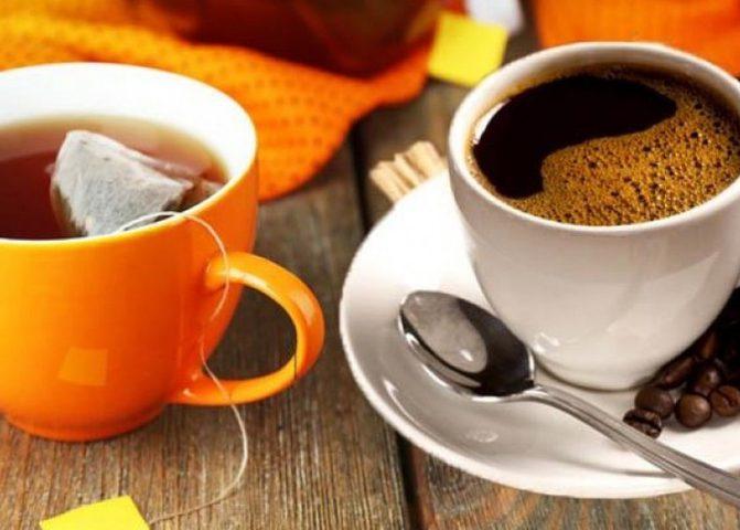 """أهم طرق حماية الأسنان من لون """"القهوة والشاي"""""""