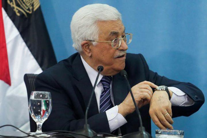 الرئيس يخفّض سنّ التقاعد ويحلّ مجلس القضاء الأعلى