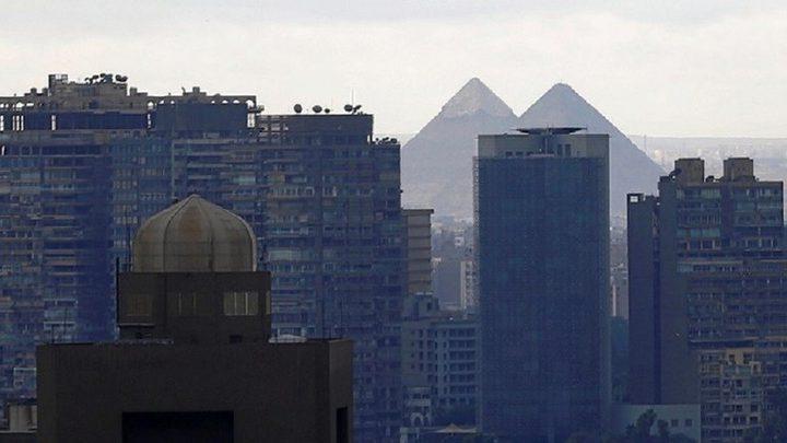 مصر تحذر مواطنيها من عدم الالتزام بجهة عملهم في قطر