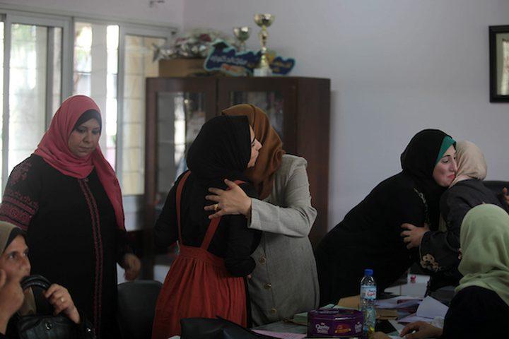 غزة: طلاب الثانوية العامة يحتفلون بتسلم شهادات نجاحهم