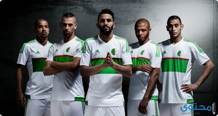 استقبال جماهيري حافل لأبطال المنتخب الجزائري