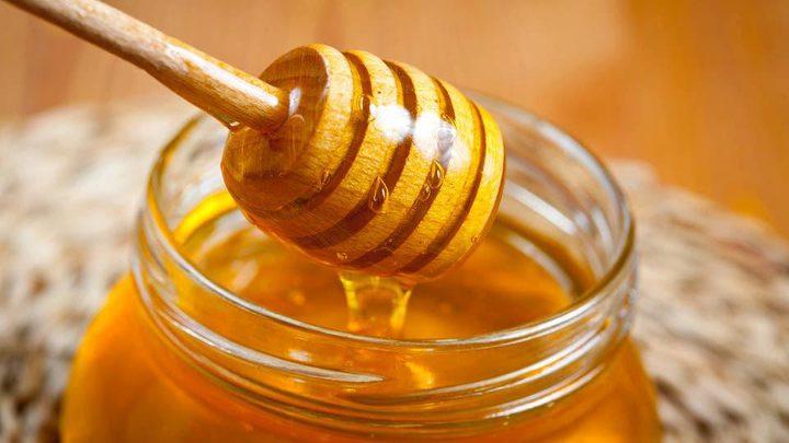 دراسة: العسل يمثل كنزا طبيعيا يحتوى فوائد عديدة .. فما هي؟