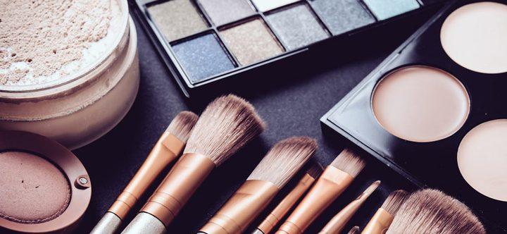 ما هي مخاطر استخدام مستحضرات التجميل ؟