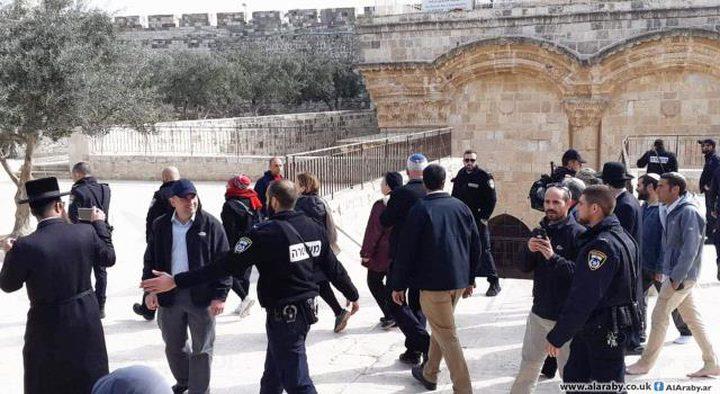 شرطة الاحتلال تحاصر مصلى باب الرحمة