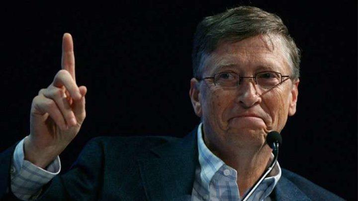 """الرئيس التنفيذي لمايكروسوفت يثني على طريقة عمل """"بيل جيتس"""""""