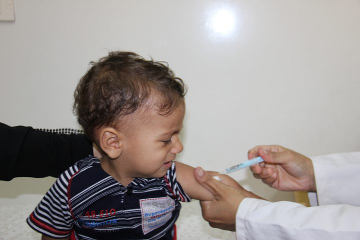 الصحة توضح نسبة تطعيم الأطفال في فلسطين..