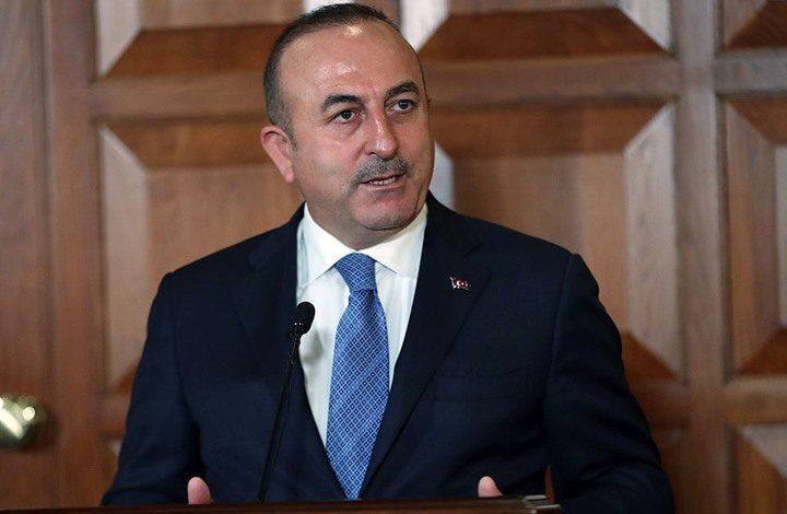 تشاووش أوغلو: تركيا لن تقبل بفرض أي عقوبات أمريكية عليها