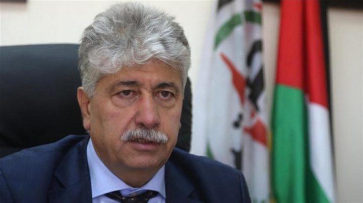 مجدلاني يسلم رسالة من الرئيس محمود عباس لنظيره التونسي