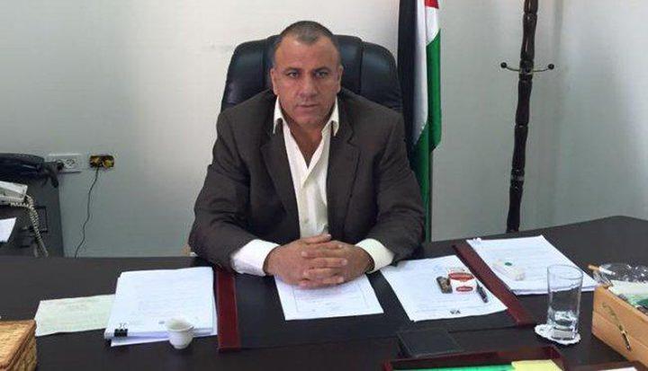قطامي يبحث مع وفد من بلدات شمال القدس سبل النهوض بواقعها