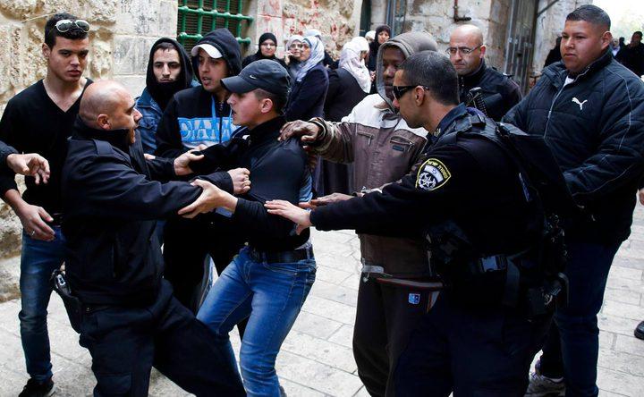 الاحتلال يعتقل 4 شبان من قلقيلية