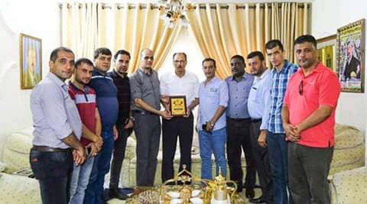 """""""المكتب الحركي المركزي"""" يزور ويكرم عدد من الصحفيين في غزة"""