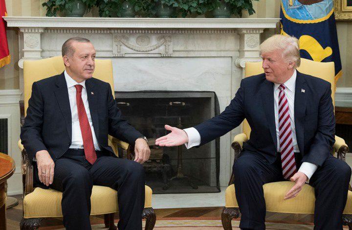 ترامب يعقد لقاءا مغلقا لمناقشة العقوبات على تركيا