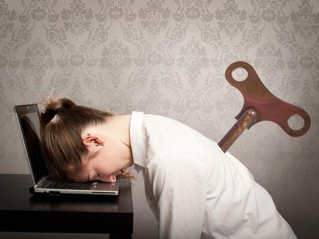 أبرز الحيل لاستعادة الشعور بالنشاط في منتصف اليوم