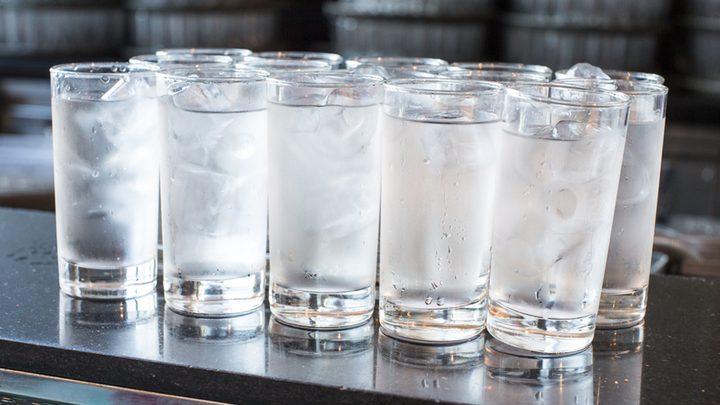 حقائق حول شرب الماء البارد في الصيف الحار