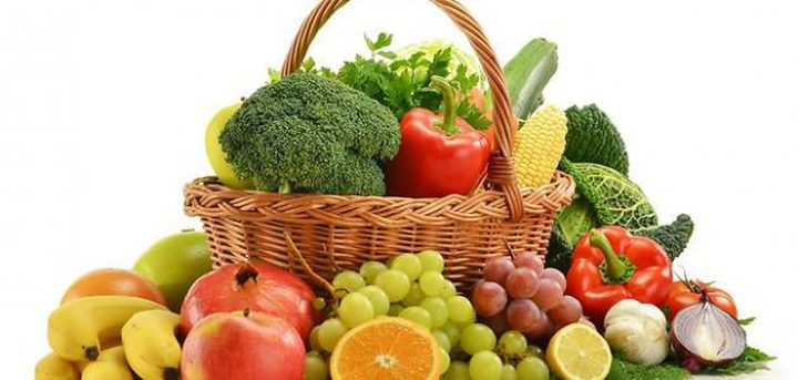 ماذا يحدث لجسمك إذا تناولت الفواكه والخضراوت فقط؟