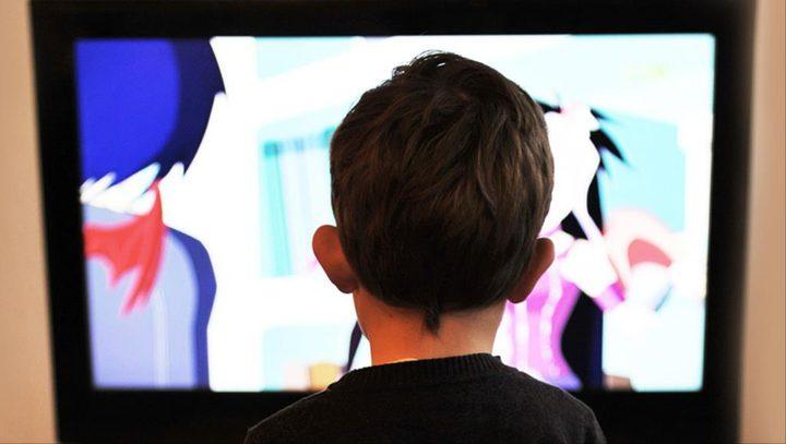 تأثير الشاشات على الأطفال، كيف نتجنبها؟