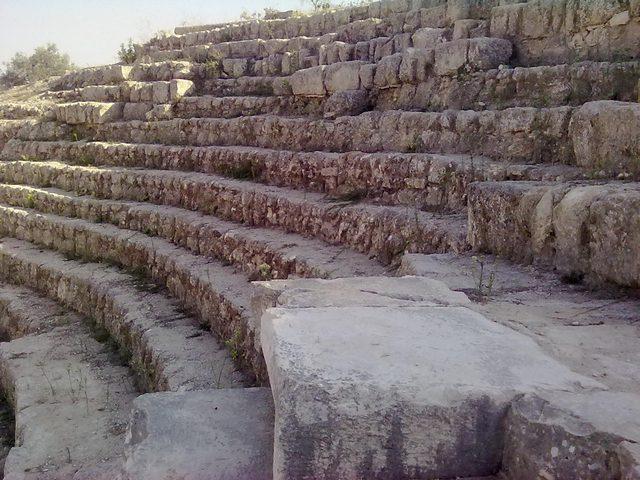 تدمير جزء من مشروع سياحي قرب الموقع الأثري في سبسطية