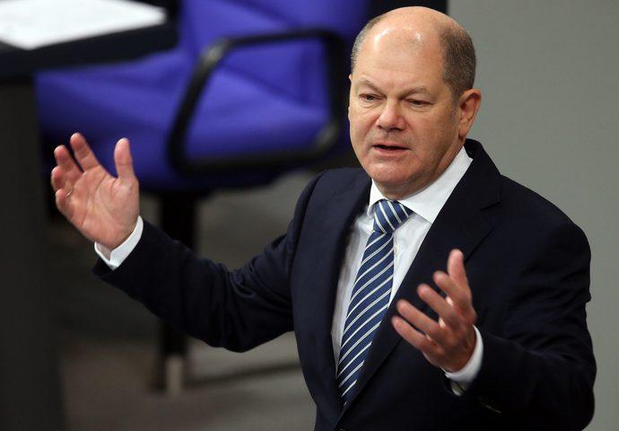 وزير ألماني يدعو لمنع تصعيد التوتر في الخليج