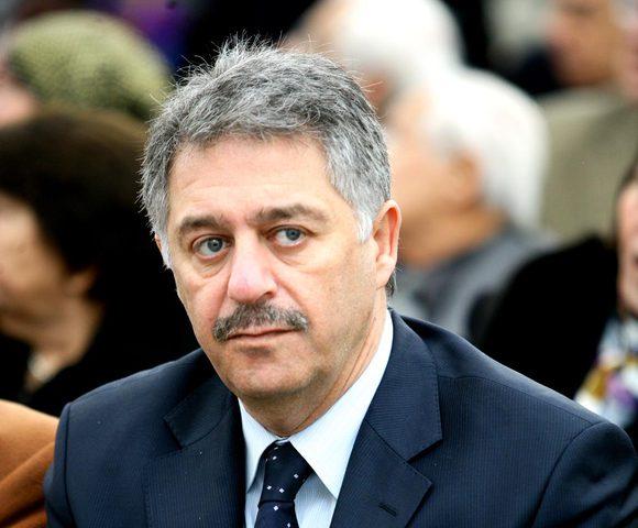 السفير دبور يطلع وزيراً لبنانياً على الأوضاع بالأراضي الفلسطينية