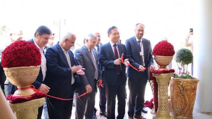 افتتاح مبنى المركز الفلسطيني الكوري للتكنولوجيا الحيوية بالخليل