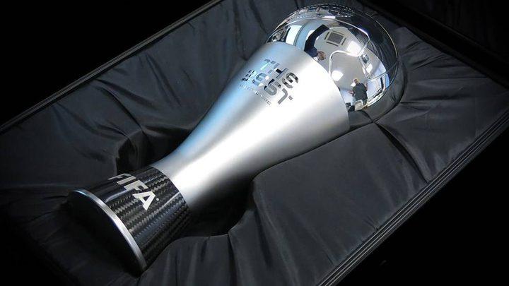 جائزة الفيفا تمنح بناء على الأداء خلال موسم كروي