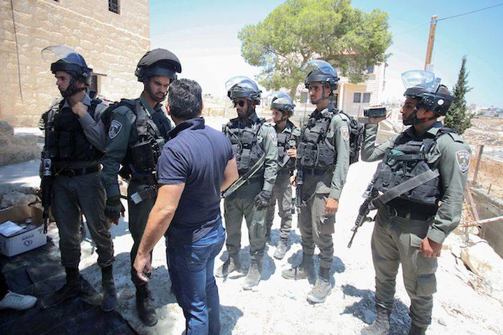 اعتداءات وقمع للمتظاهرين المعتصمين في وادِ الحمص