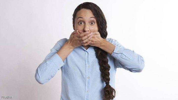 دراسة: احتفاظك بالأسرار يضر بصحتك