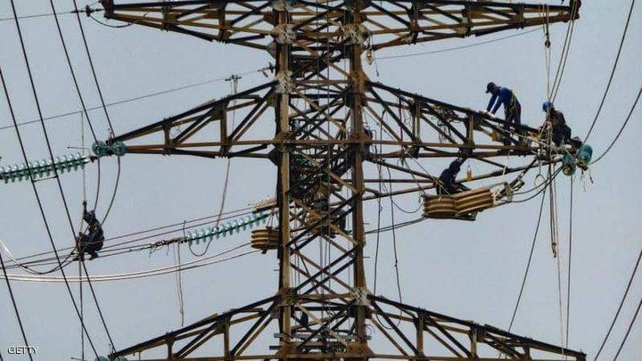 الظلام يعم اندونيسيا بعد انقطاع الكهرباء ويصل للعاصمة