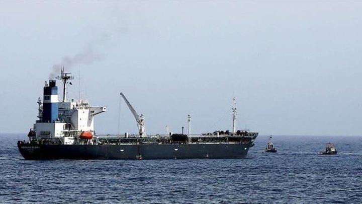 إيران.. الحرس الثوري يحتجز سفينة في مياه الخليج