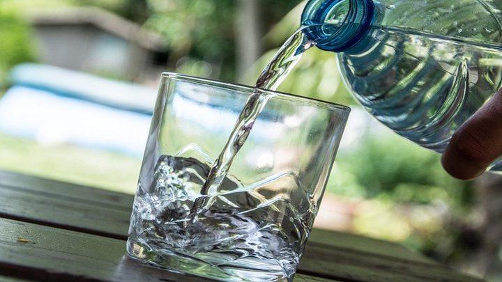 هل تناول الماء الدافئ حقاً مفيد للصحة