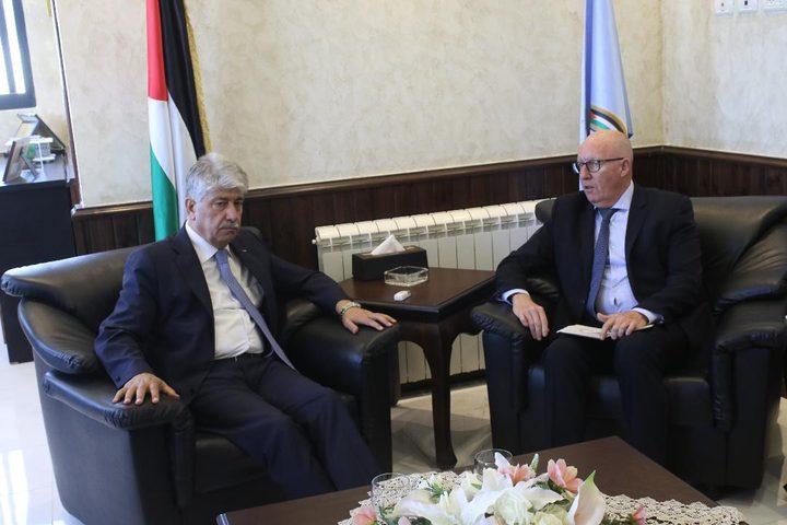 مجدلاني: الحكومة تفي بكل التزاماتها تجاه أهالي قطاع غزة