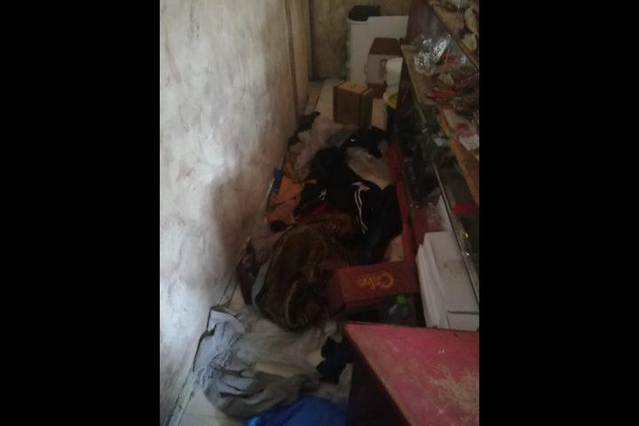 فلسطيني يحتجز ويعذب ابنه في منزل منذ 5 سنوات والشرطة تُنقذه