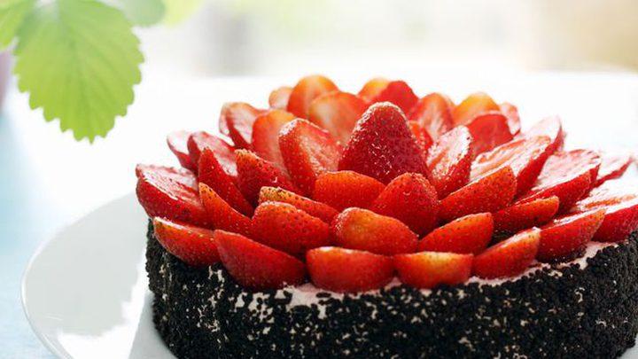 وصفة كعكة الفراولة والشوكولاتة