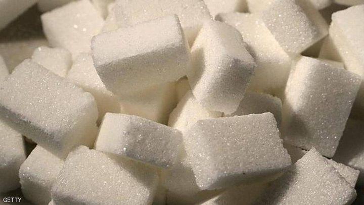 الآثار السلبية لتناول كميات كبيرة من السكر